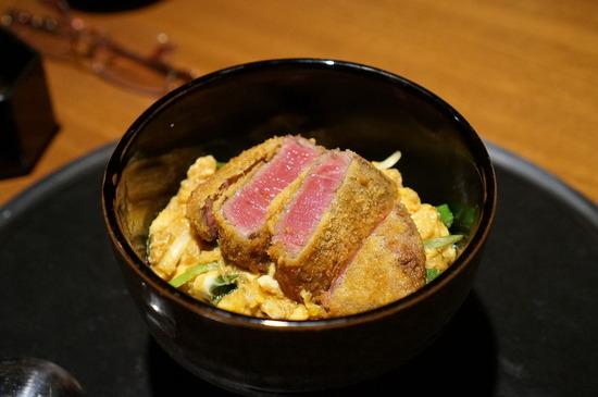 【画像】10800円の高級カツ丼wwwwwwwwwwwwwww