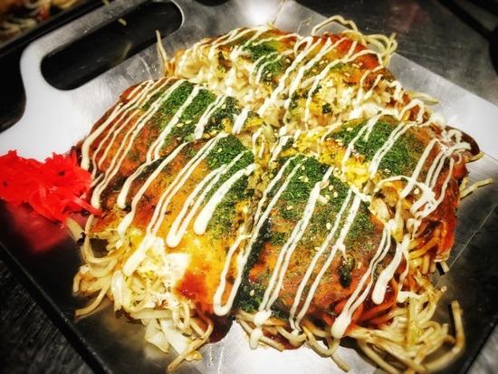 ワイ「広島風お好み焼き食べたいンゴ」