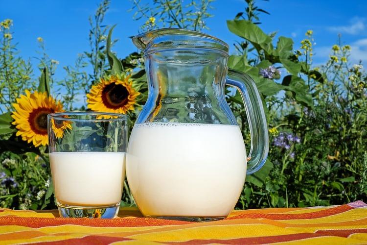 高校以降になると牛乳って飲む機会激減するよな