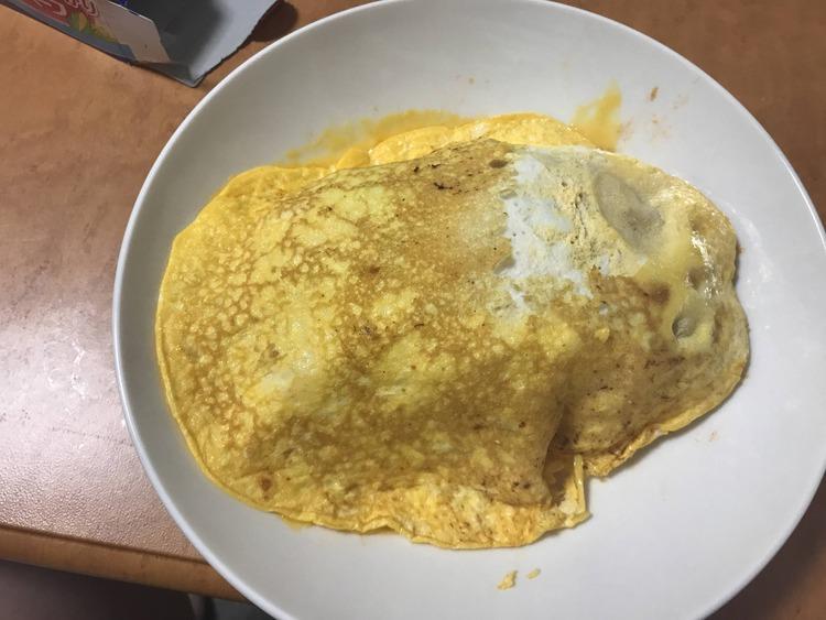 【画像あり】料理ど素人がオムライス作ったから見てくれ【リベンジ】