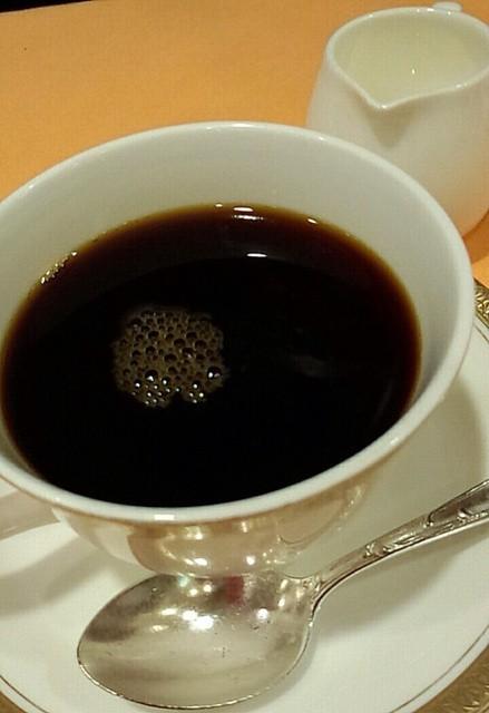 帝国ホテルのコーヒー1杯の値段ンゴwwwwwwwwwwwwwwwww