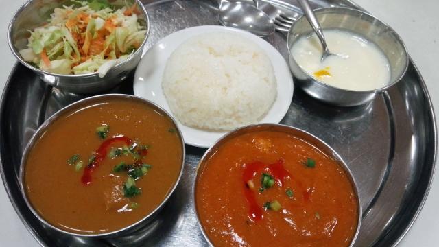 インド人「日本のカレーはインドのカレーより美味い!」←これ