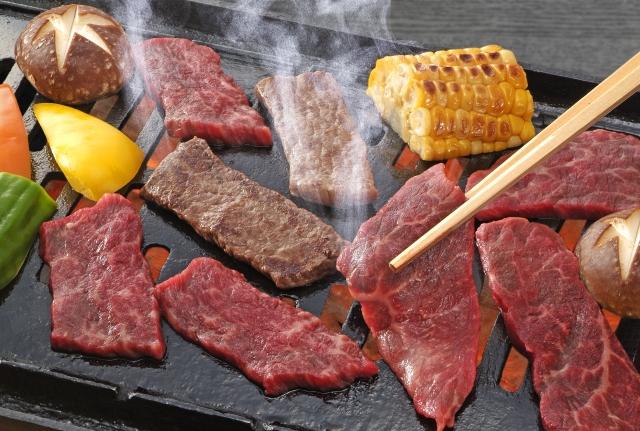 焼き肉って肉を食ってるんじゃなくてタレを食ってるんだよな