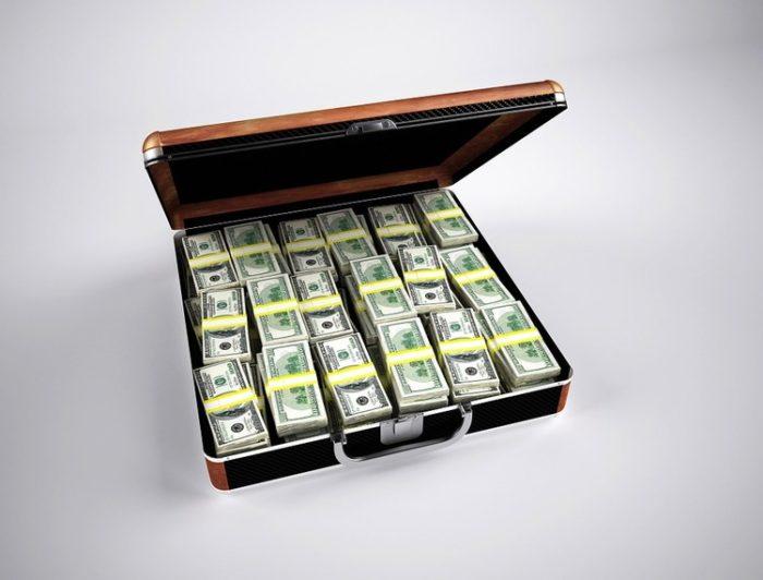 金持ちは積極的に散財しないといけない時代だろ