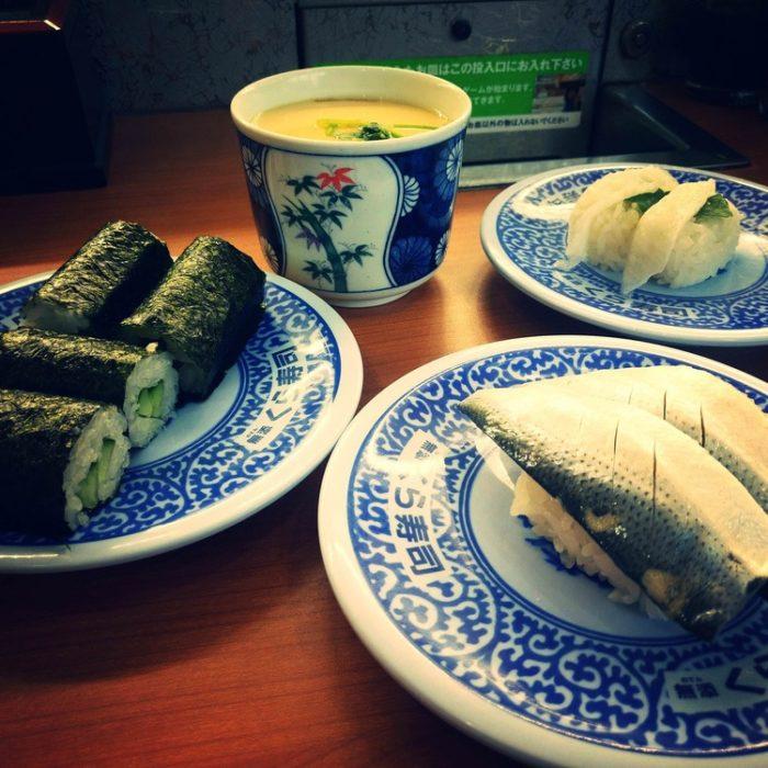【朗報】僕ニーヨ、くら寿司で豪遊