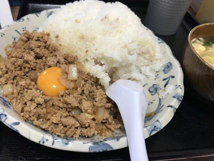 ワイが作ったこのひき肉ライスにいくら出す?