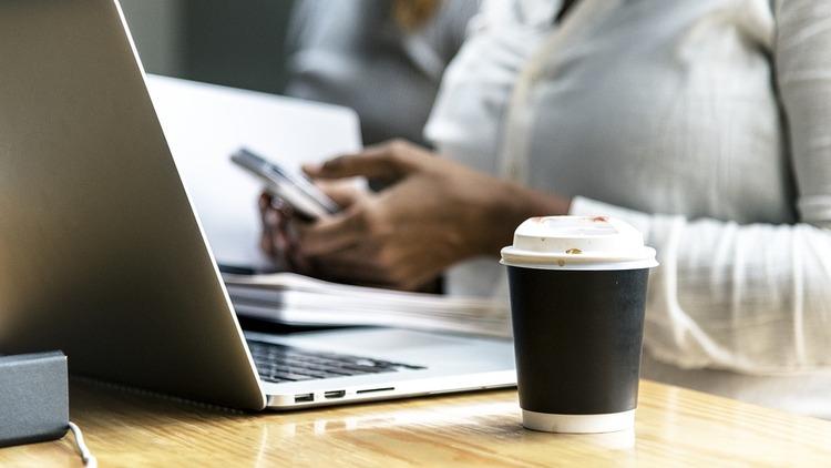 IBM、眠そうな人にコーヒーを届けるドローンで特許取得