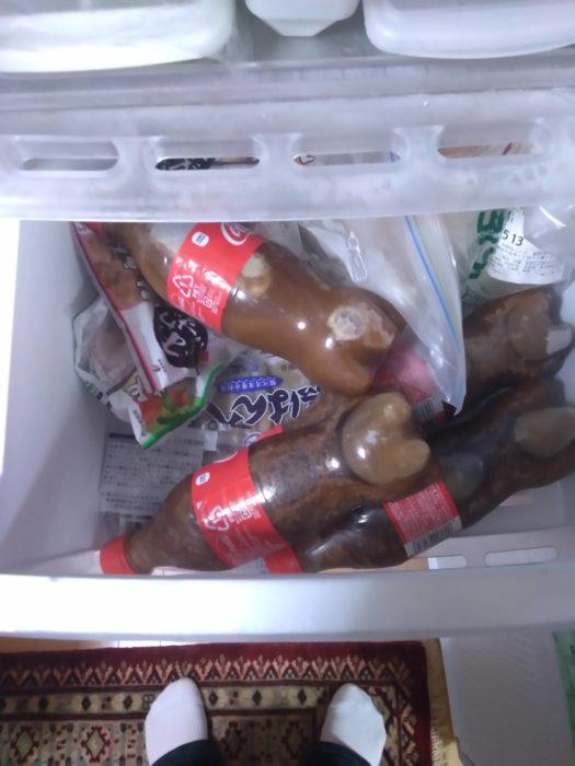 【画像】マッマ、コーラを冷凍してしまう