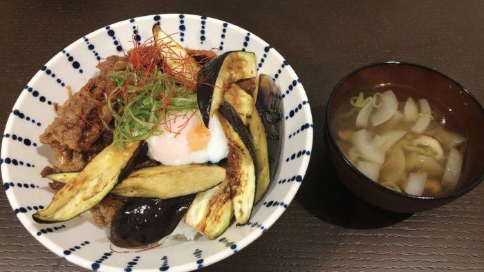 【画像】お前ら!焼肉丼作ったから食べるよ!!!!!!!