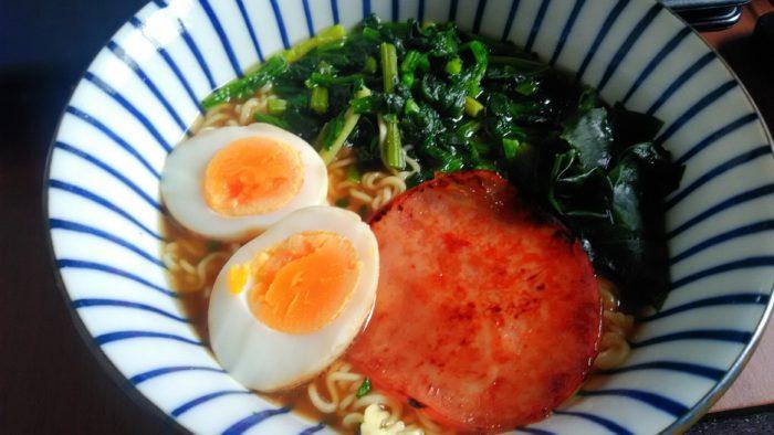 【画像】100円で完全食作ったったwwwwwwww
