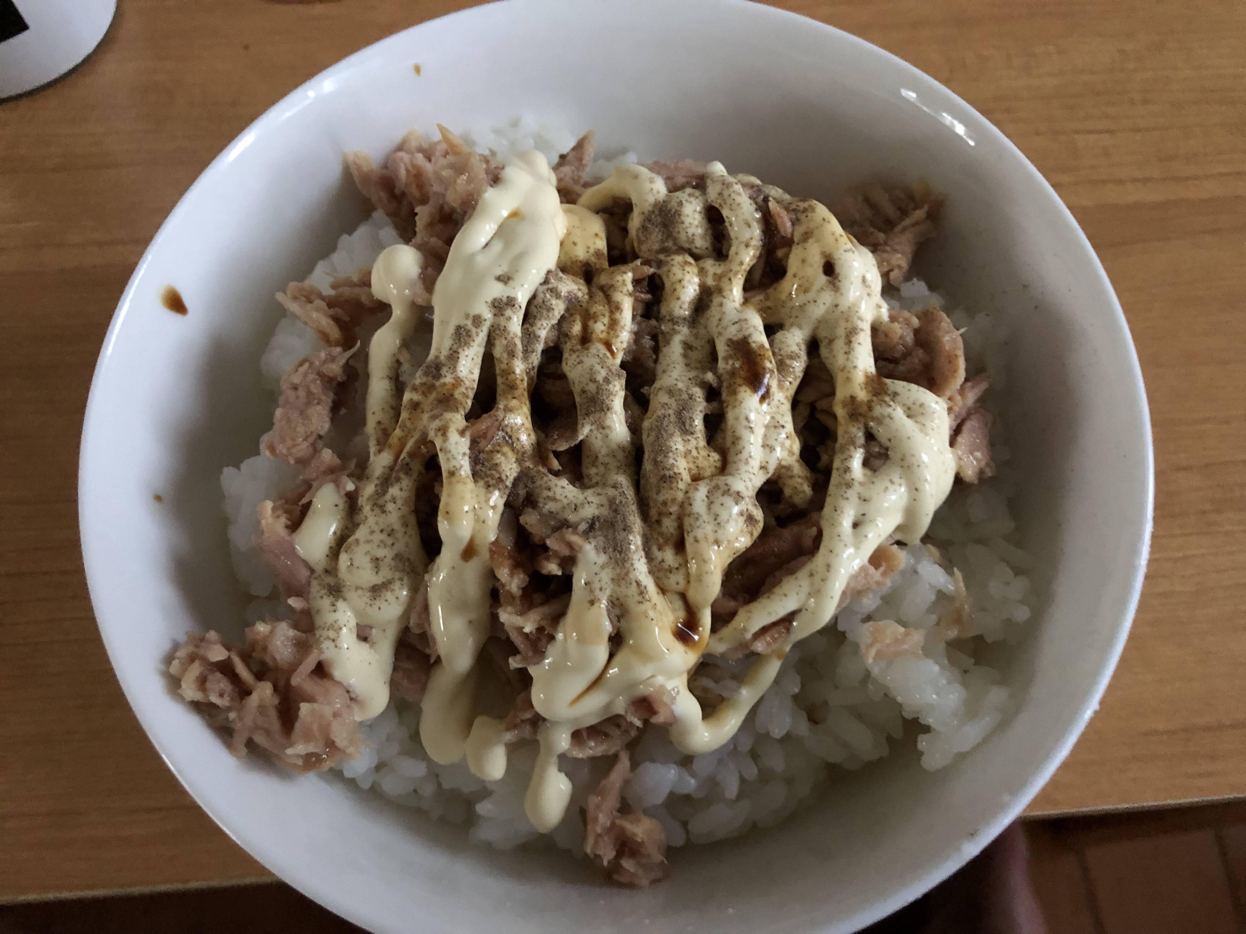 【画像】ツナマヨ丼作ったでー