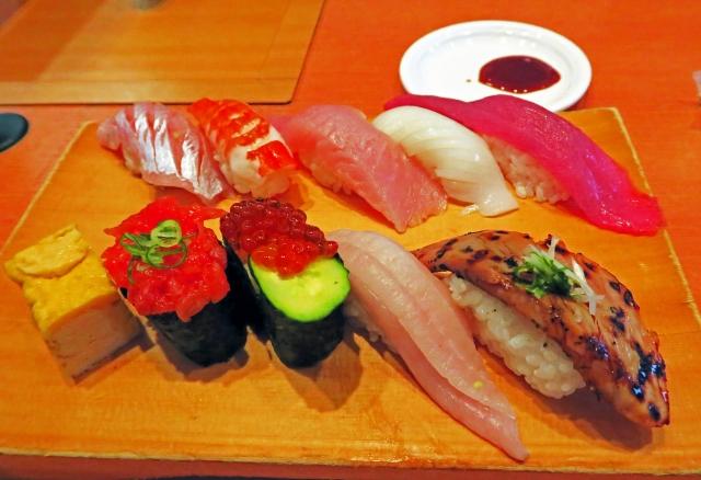【悲報】アラサーだけど回らない寿司屋一度も行ったことないってヤバい?