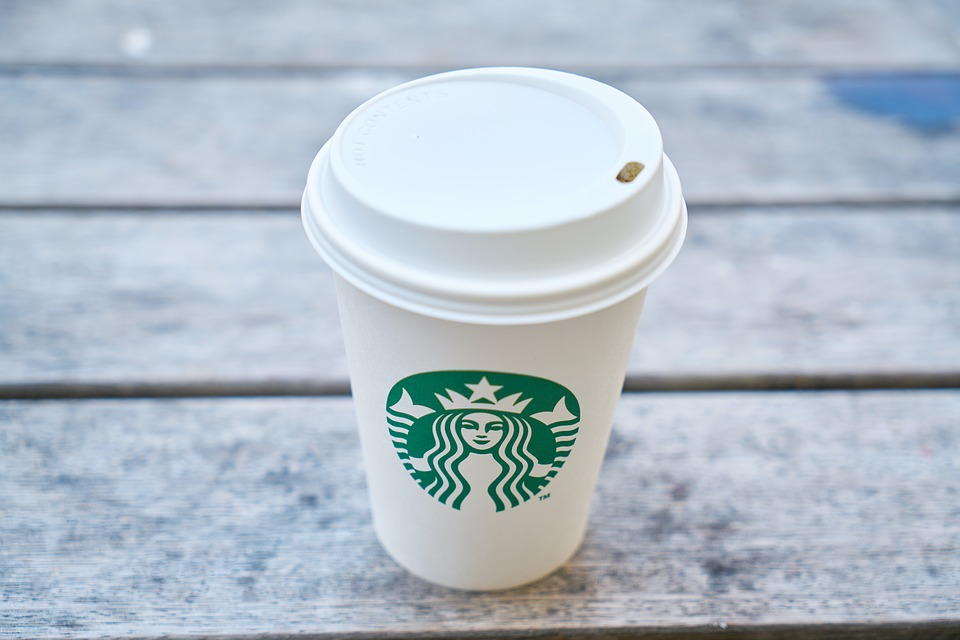 スターバックス ブレンドコーヒーを初めて飲んだんやけどさ