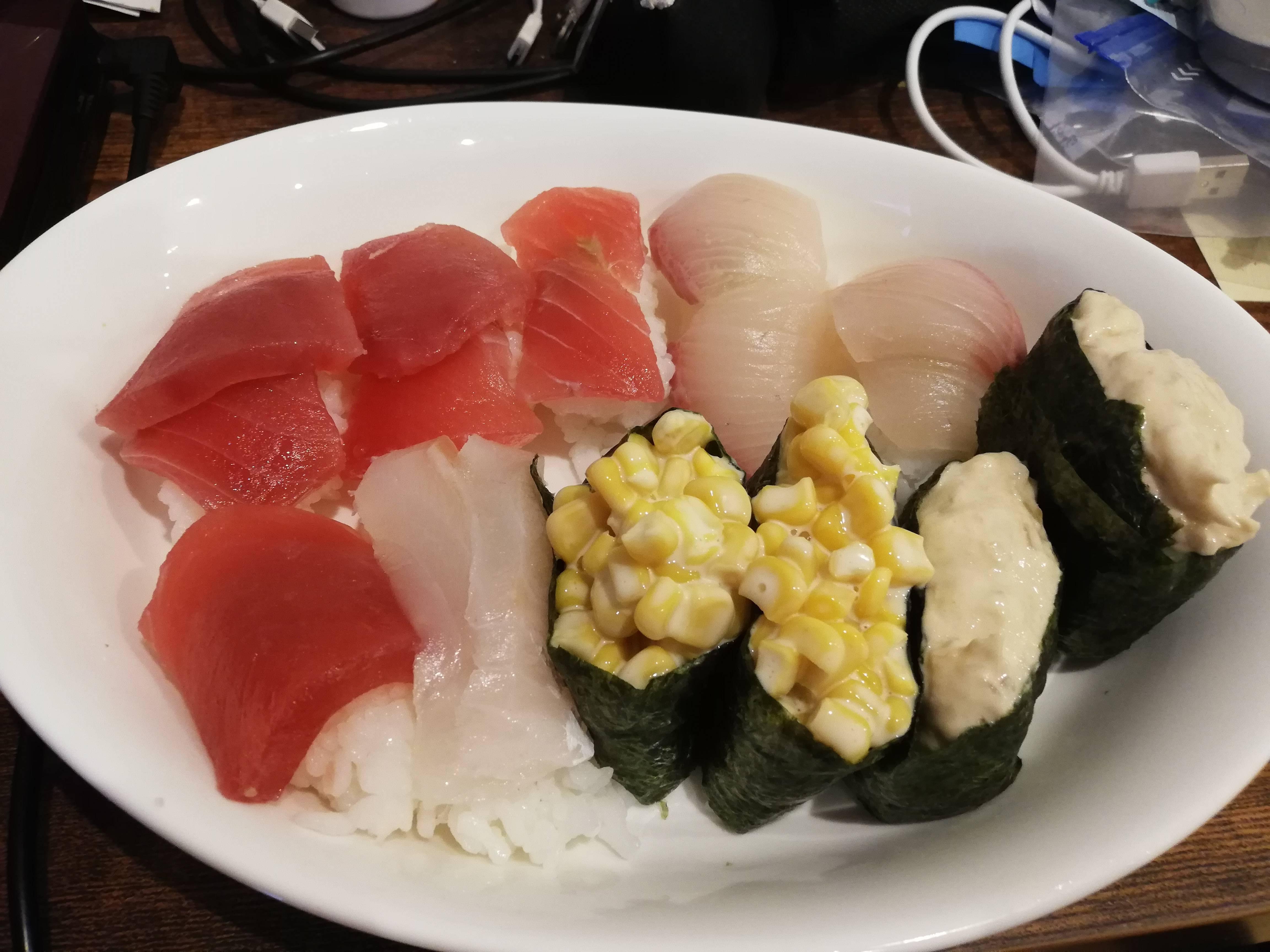 【画像有】寿司作ったんだが点数つけてくれ