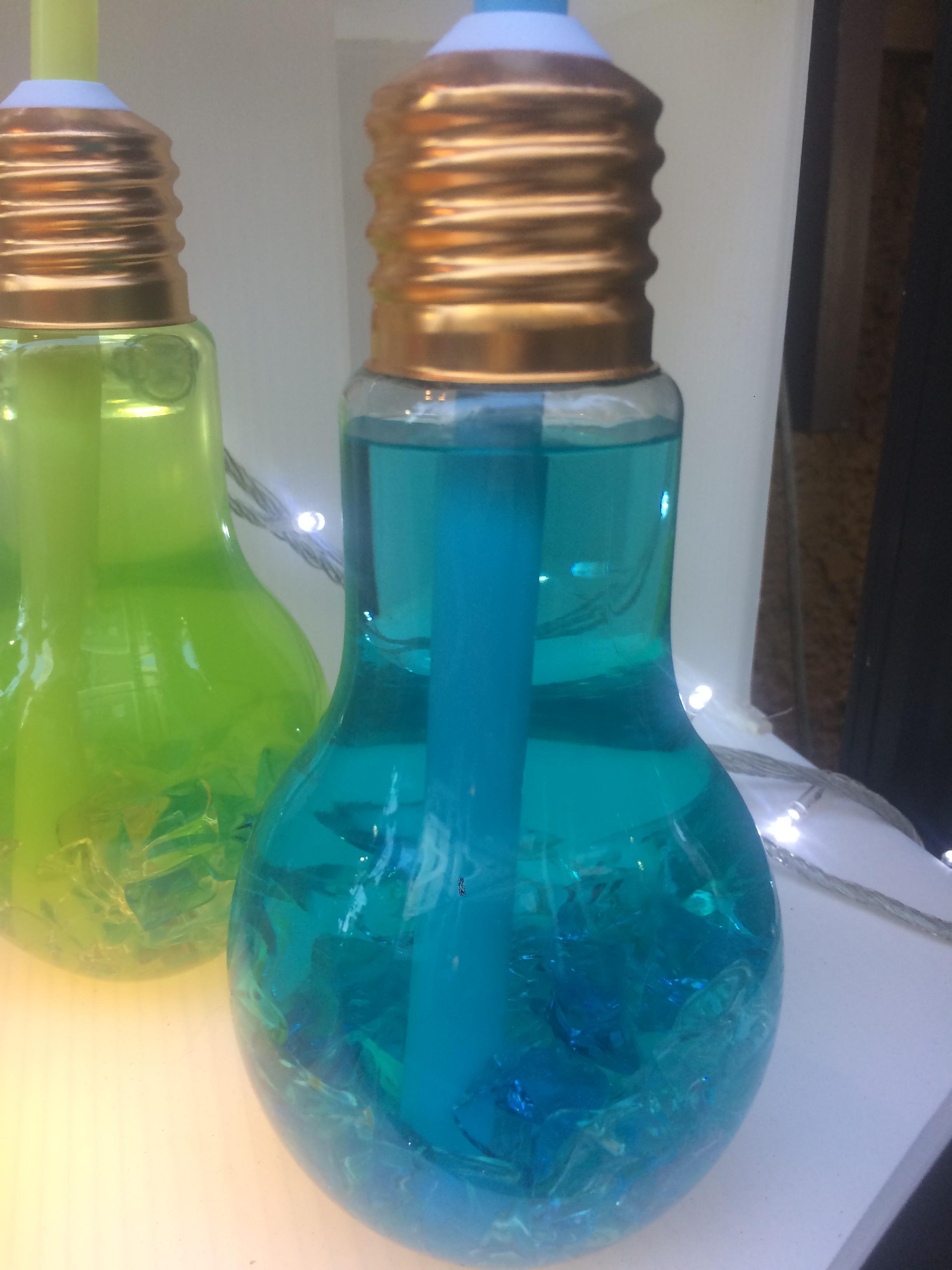 【画像有】お祭りで売ってる電球のジュースwwwwwwwww
