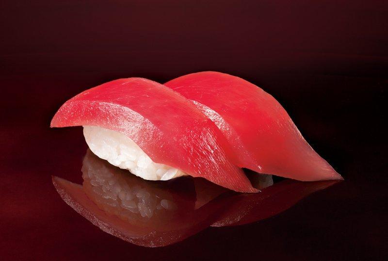 【お寿司】マグロの熟成は48時間(グルタミン酸やイノシン酸などの濃度) 東京大学とくら寿司が「おいしさ」を共同研究