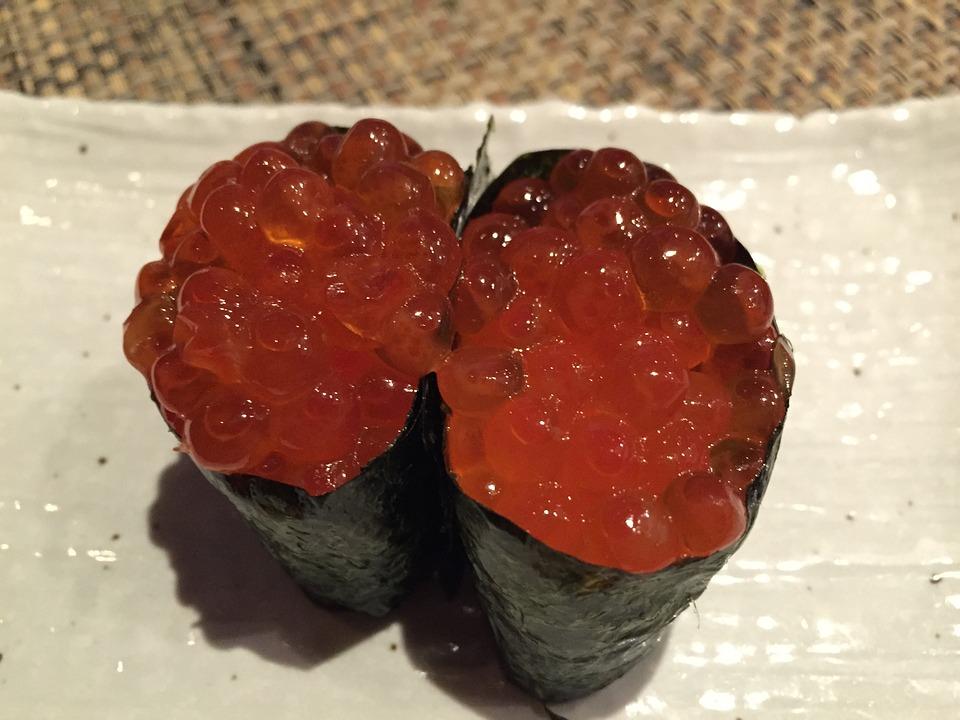 イクラとかいう美味いけど寿司か丼しか使い道ねえ無能食材