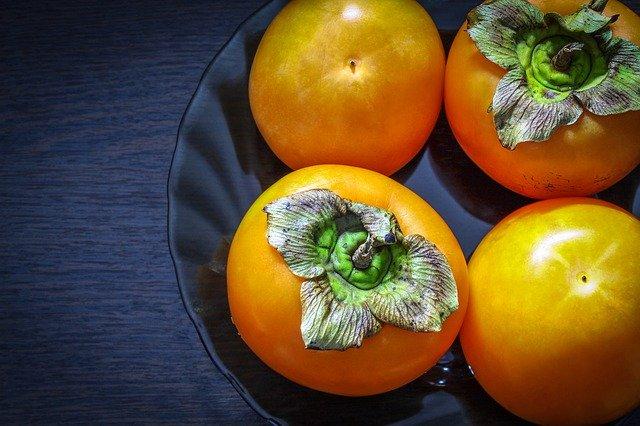 柿とかいう年寄りが若者に無理矢理食わせてくるパワハラゴミフルーツ