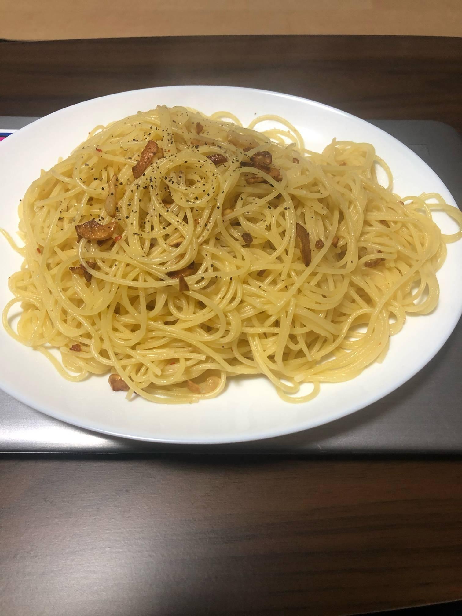【飯報】俺の作ったペペロンチーノ美味そう