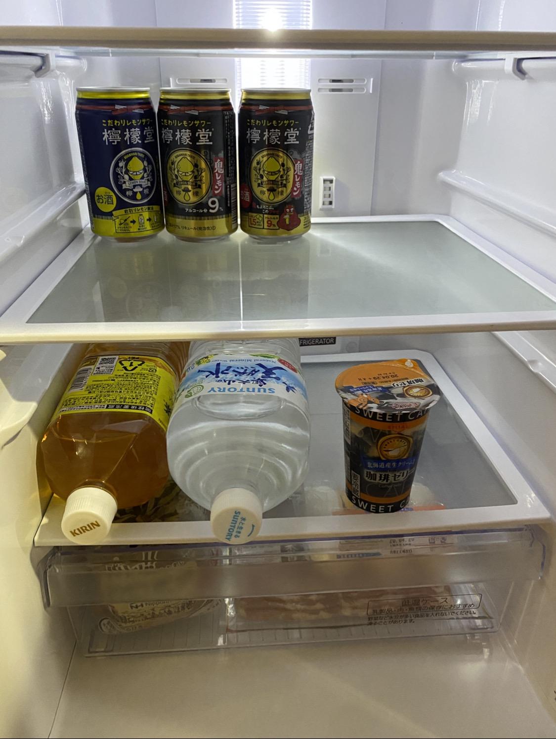 【画像】クソ野郎のガチ一人暮らしの冷蔵庫の中身wwwwwwwwwwwwwwwwwwwwwwwwwwww