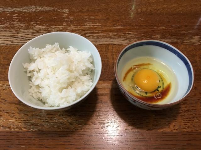 卵かけご飯には醤油←これさ