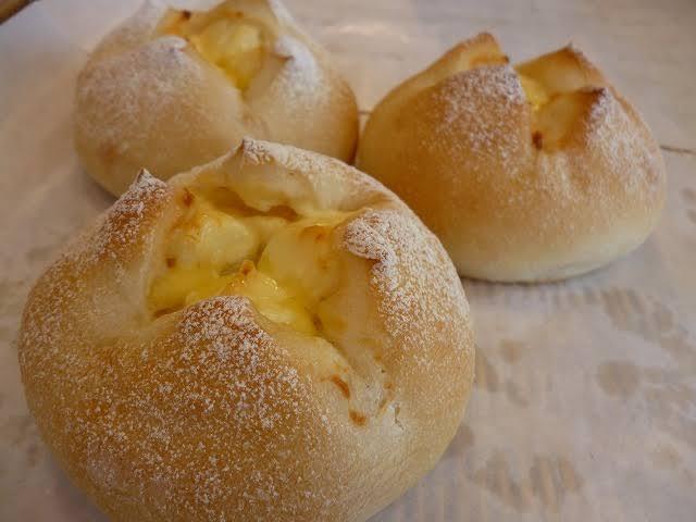【画像】スーパーの店内のパン屋に売ってるこういうパンめちゃくたゃ美味いよな