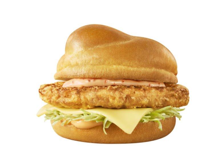 マクドナルド  定番のチキンタツタに加え めんたいチーズ と ごはんバーガー、一口サイズのサイドメニュー3種類の新作が登場。5月13日から期間限定で販売