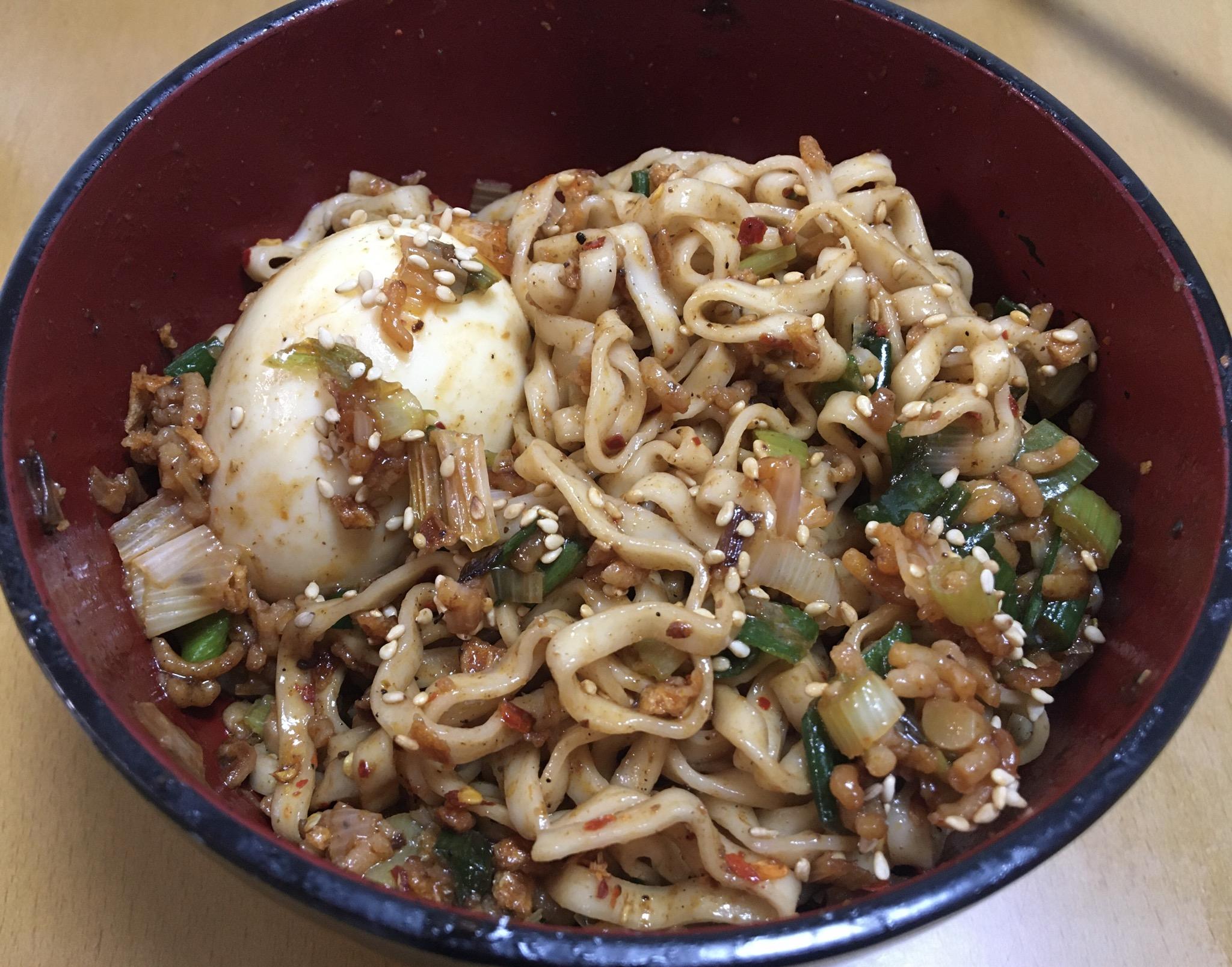 【画像】夕飯にまぜそば作ったwwwwwwwwwww