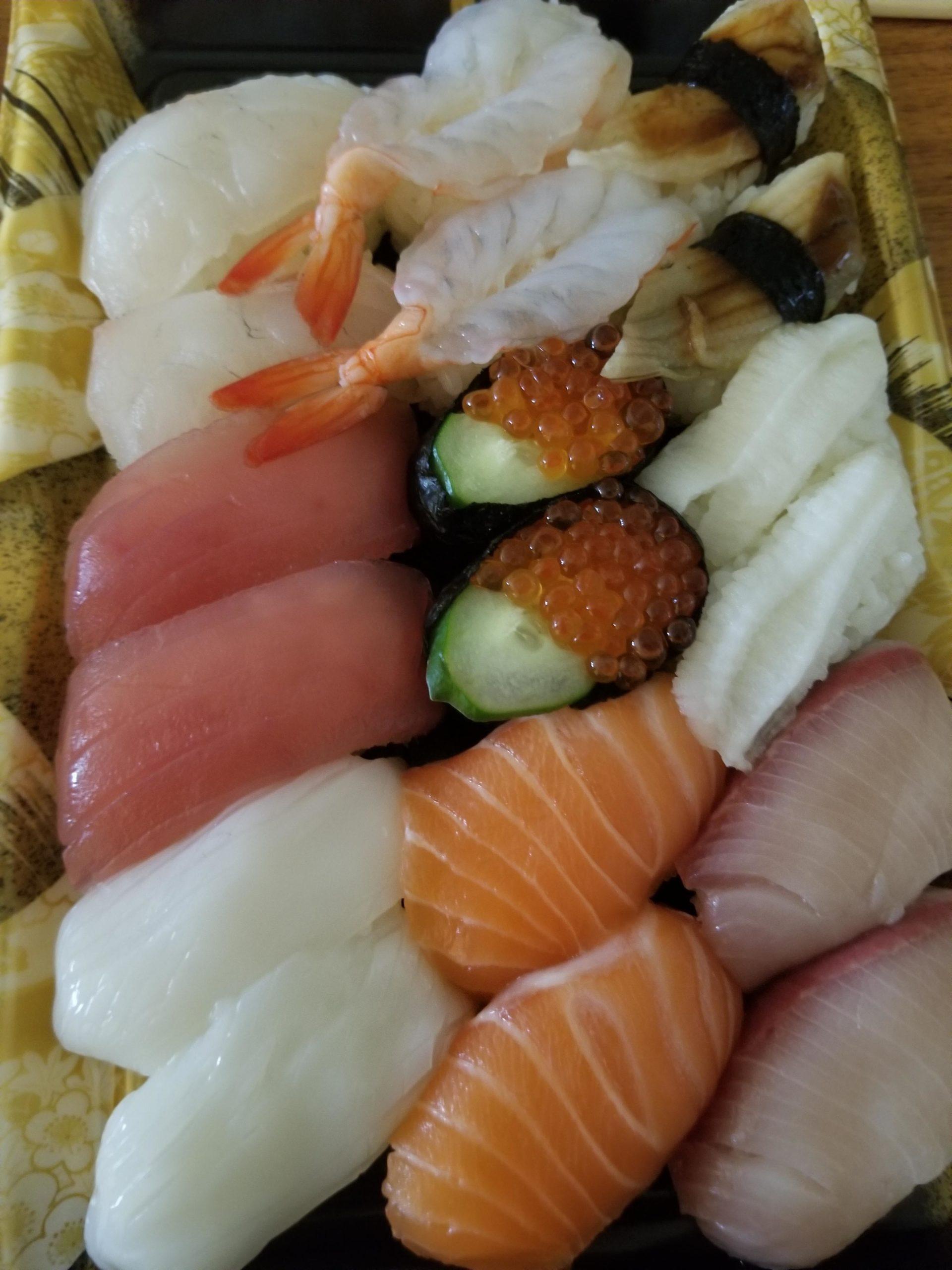 ワイ、トライアル寿司を食らう