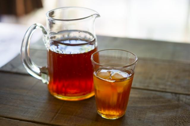 麦茶に砂糖入ると超美味いよな