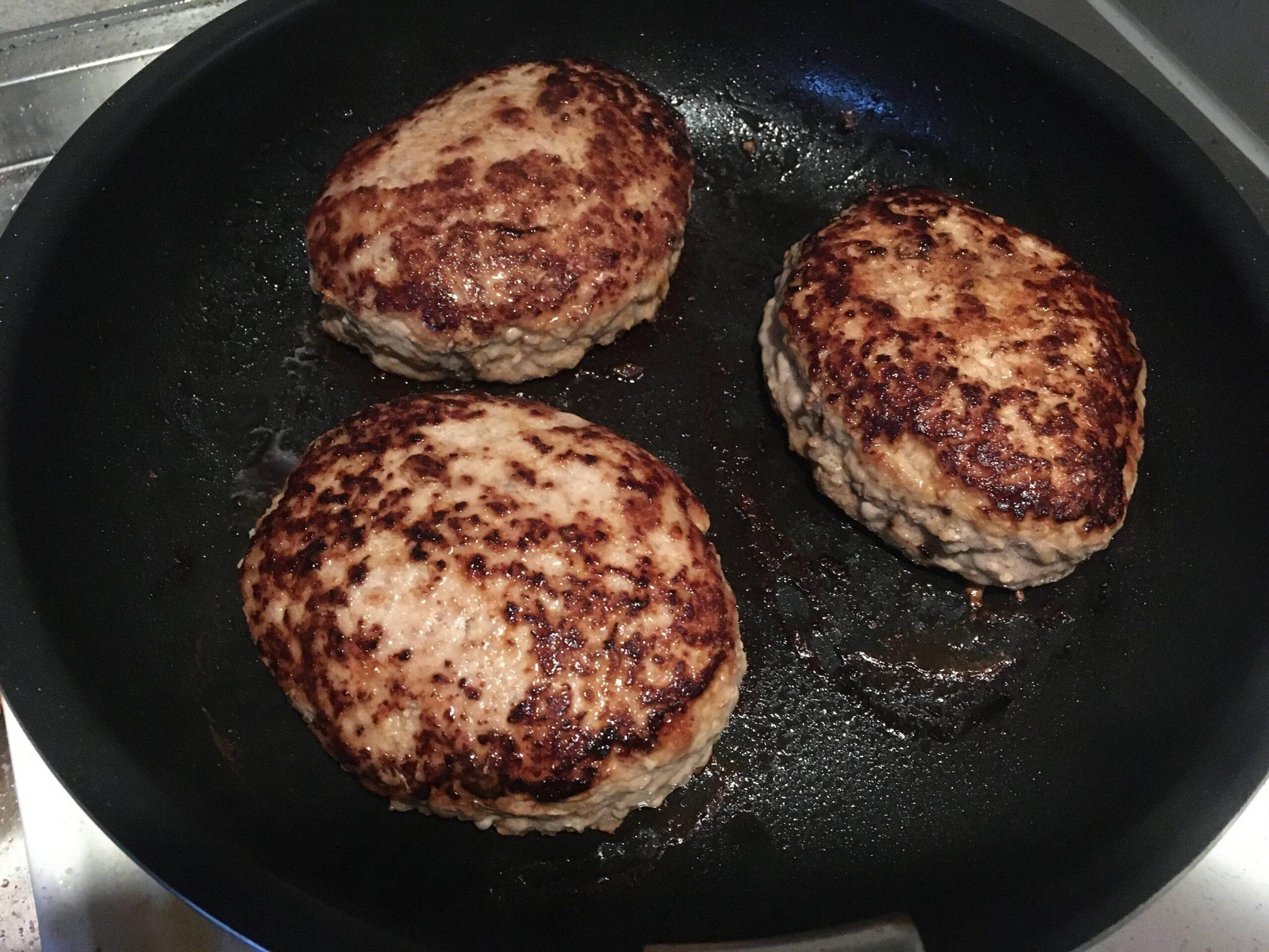 【画像】ワイ、朝から朝飯を作ってしまう