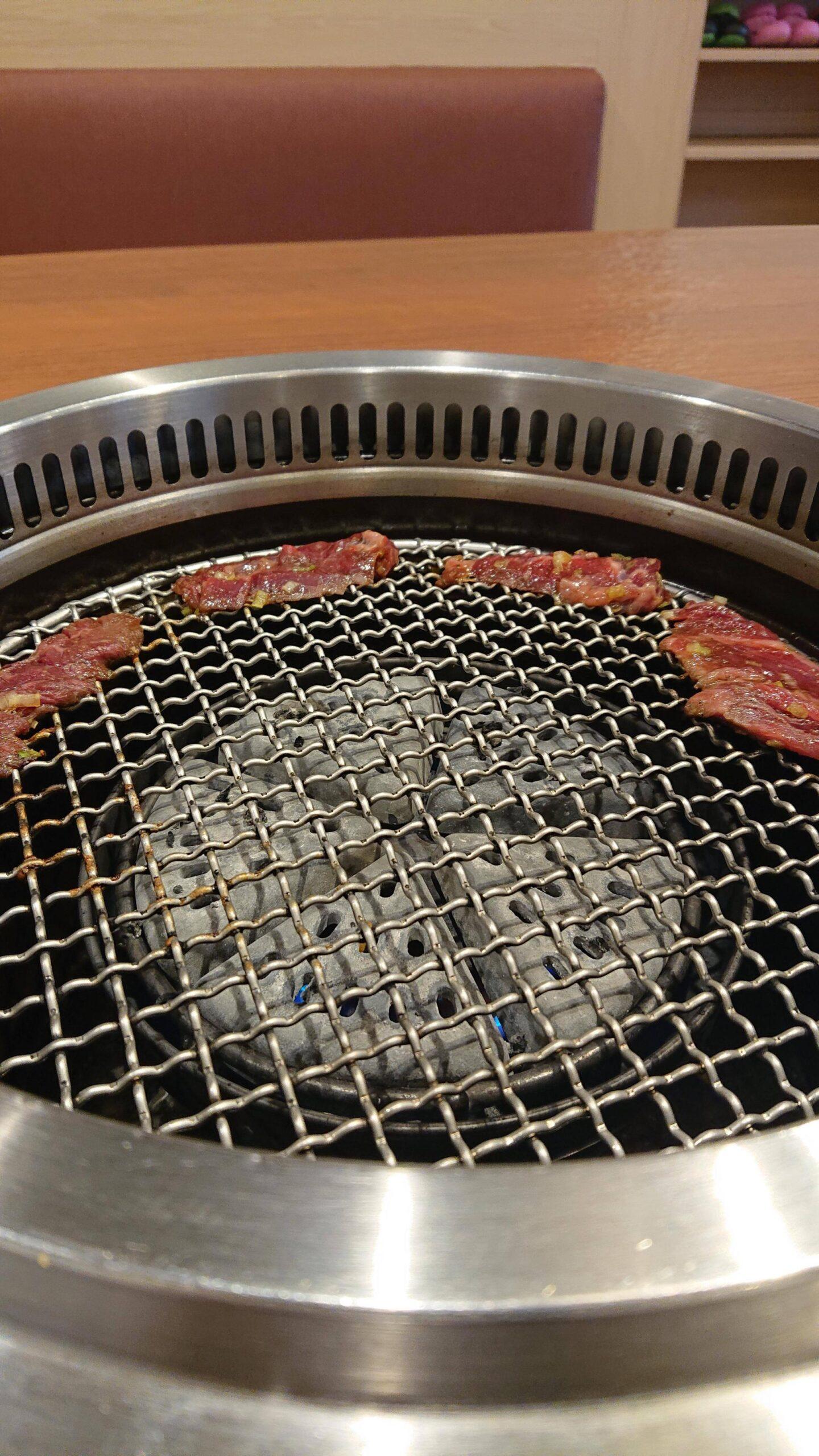 【画像】食うか  焼肉