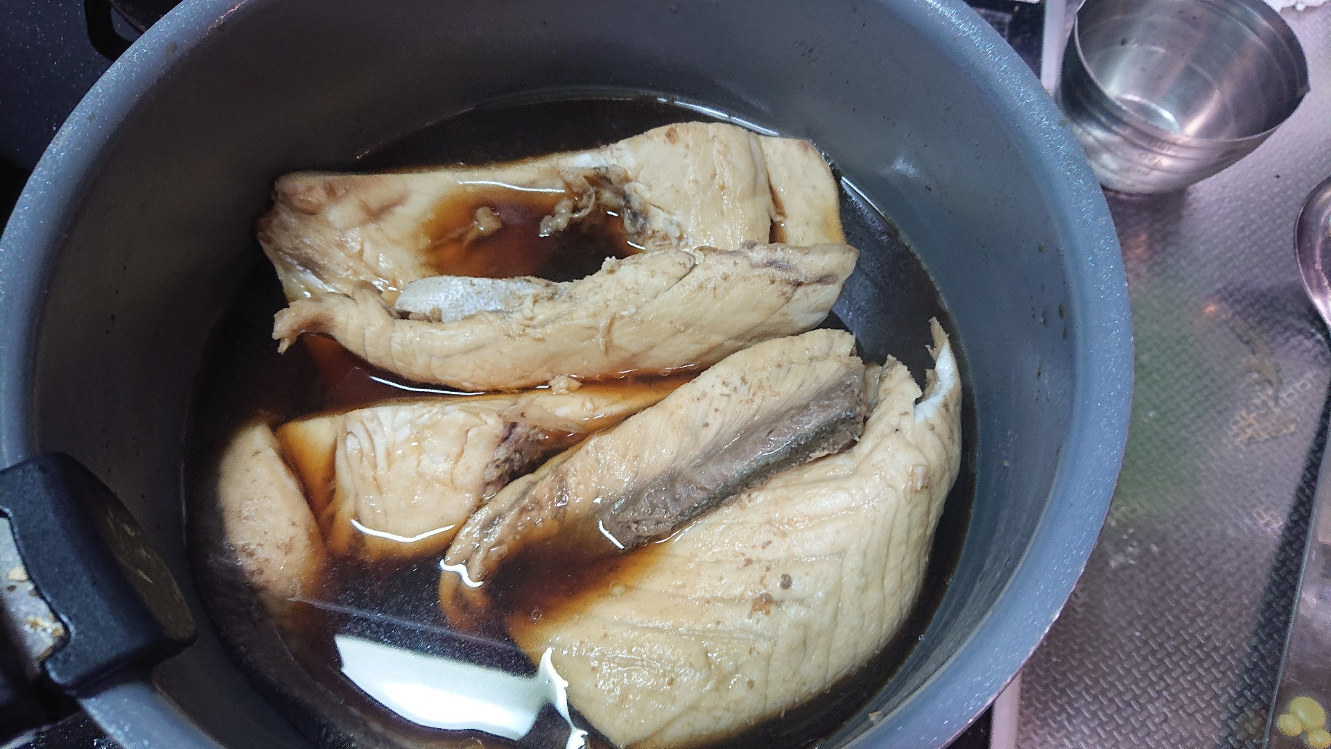 【速報】ワイお手製の煮付け、完成する