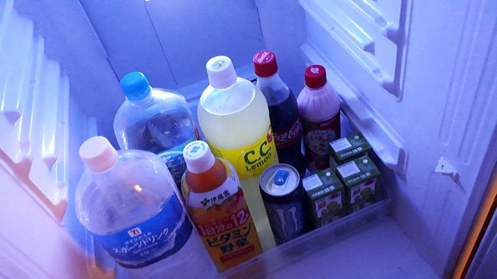 【画像】ぼくの冷蔵庫のジュース、すきなの飲んでいいよ🤭