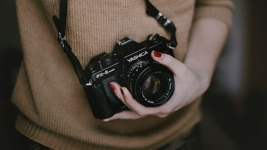 photographer-455747_960_720